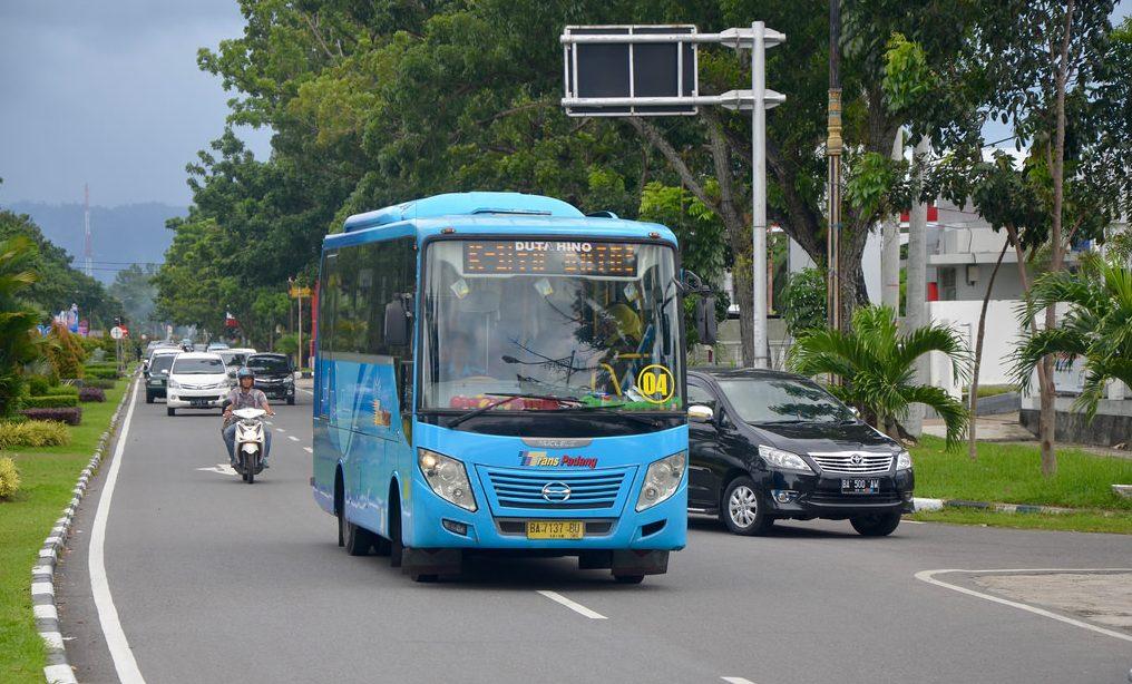 Bus Trans Padang. Foto : Internet