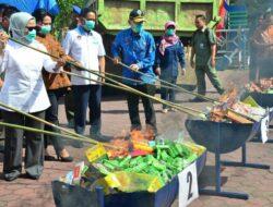 BPOM Padang Musnahkan Makanan dan Obat Ilegal Bernilai 1,8 Miliar