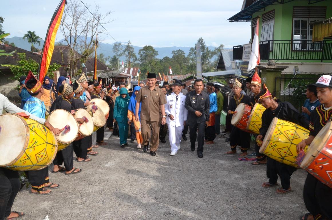 Wakil Bupati Agam usai menyaksikan Sertijab Wali Nagari pada sejumlah Nagari di Kabupaten Agam