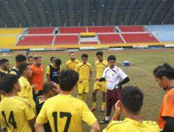 Dijamu Sriwijaya FC, Nil Maizar : Kita Siap Seratus Persen !