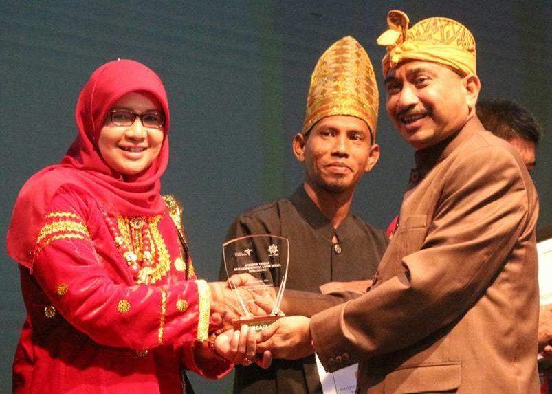 Pemberian Penghargaan Indonesia Tourism Awards (ITA) 2017 pada puncak acara Rakornas III 2017 bertepatan dengan Hari Pariwisata Dunia (World Tourism Day) di Jakarta, Rabu (27/9/2017) malam.