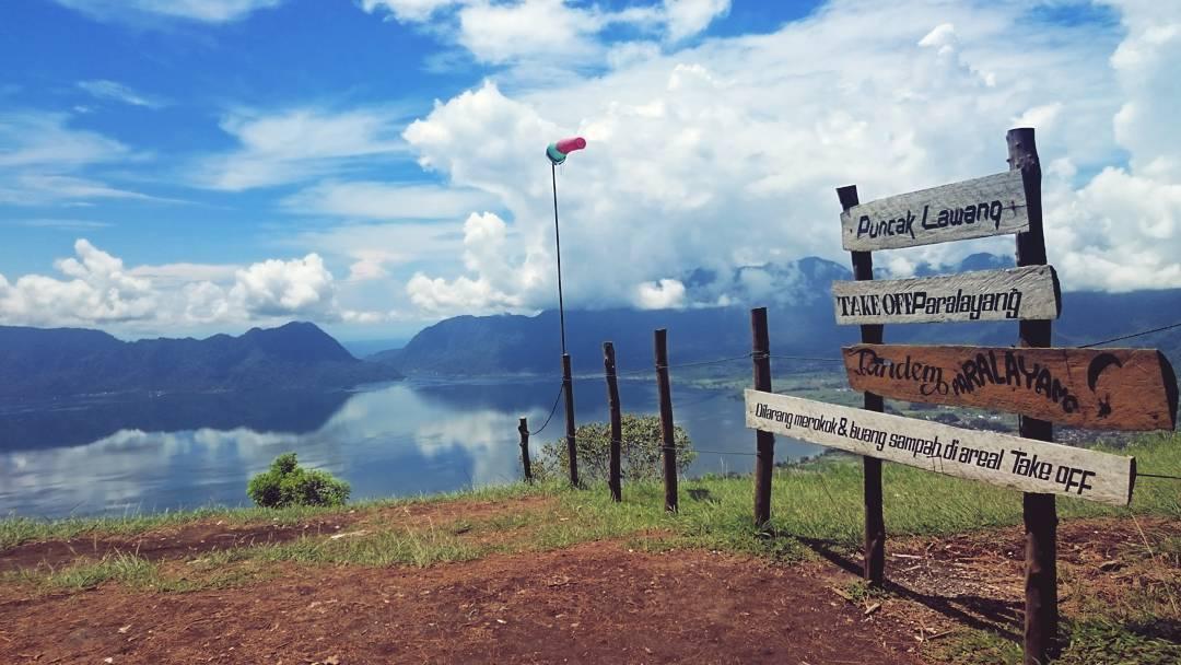 Objek wisata Puncak Lawang, Matur, Kabupaten Agam.