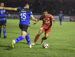 Curi Satu Poin Dari Kandang Semen Padang FC