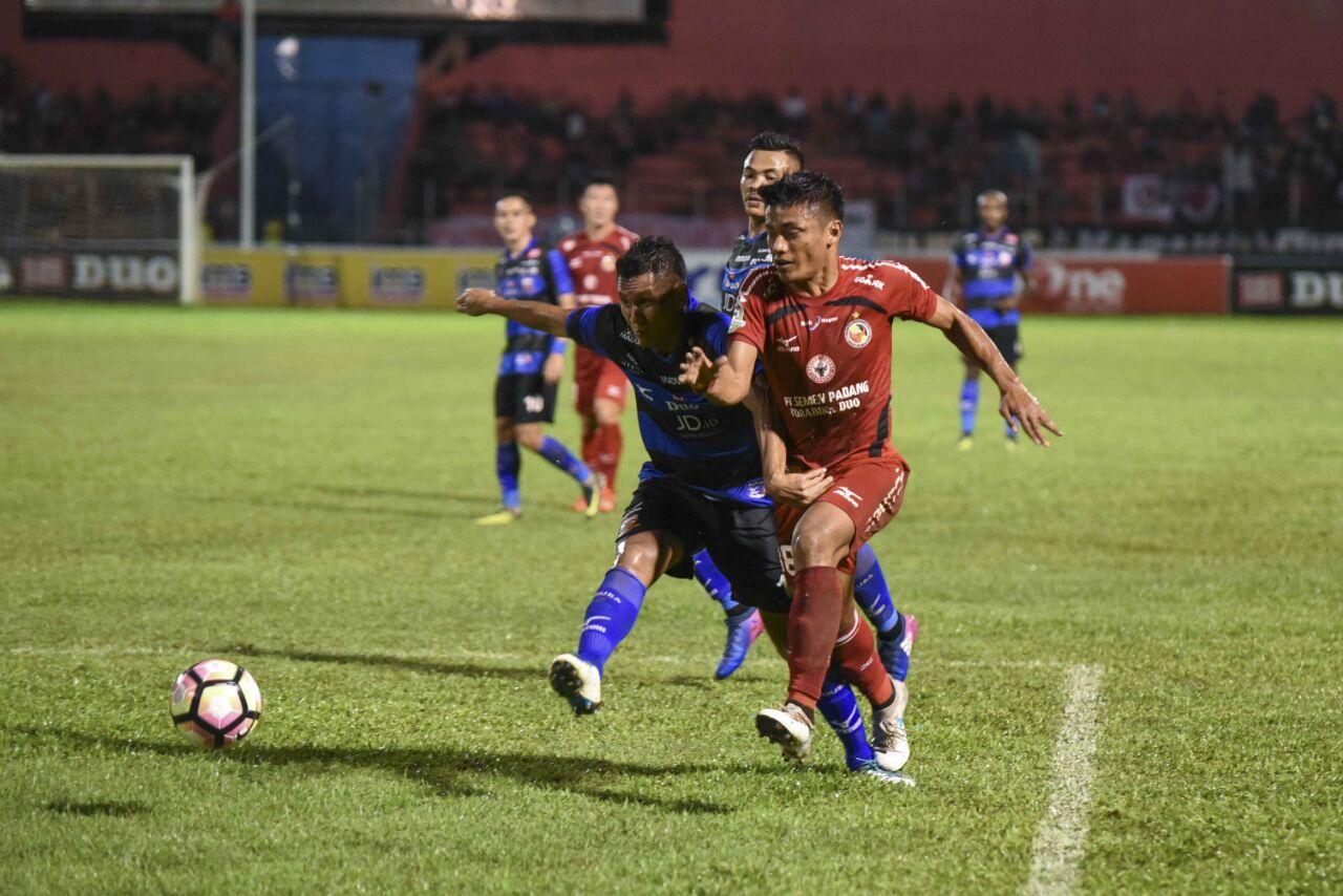 Semen Padang FC versus Madura United Liga 1 imbang tanpa gol di Gor H. Agus Salim Padang
