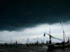 BPBD Himbau Warga Padang Waspadai Cuaca Buruk