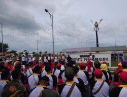 IARMI se Indonesia Bersihkan Pantai Padang