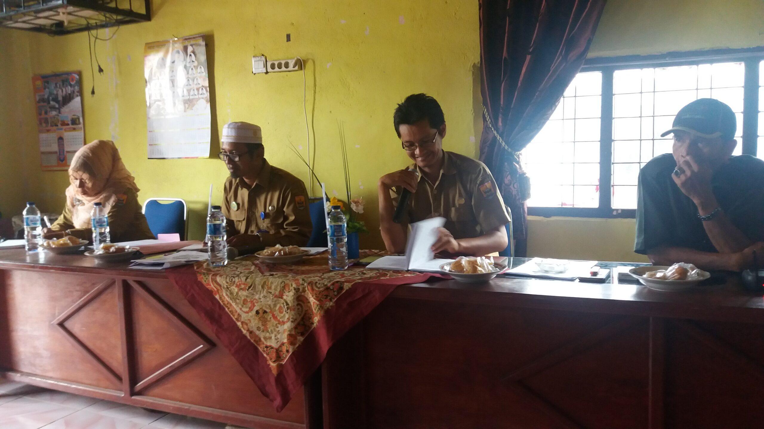 Pembentukan Posludes (Posko Penyuluhan Desa) Desa Naras I Kota Pariaman, Selasa (9/1/2018).