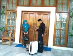 Emzalmi Tinggalkan Rumah Dinas