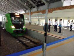 Jelang Diluncurkan, Gubernur Uji Coba Kereta Api Bandara