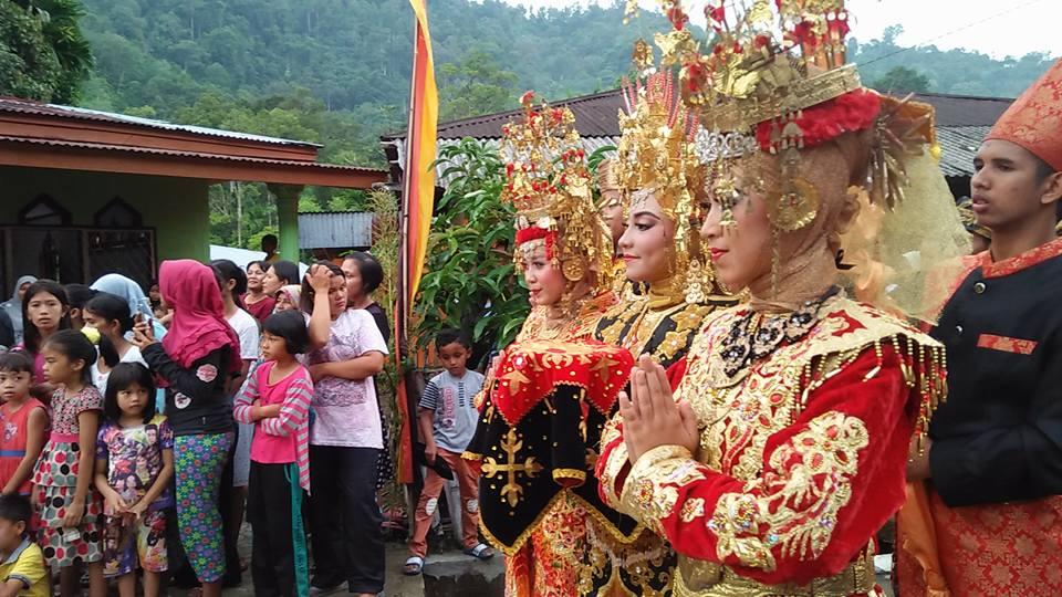 Balimau Paga | Masyarakat di seluruh nagari di Painan, Kabupaten Pesisir Selatan, Sumbar menggelar prosesi budaya Balimau Paga' sambut Ramadan 1439 Hijriah/2018. Photo : Reta Rere.