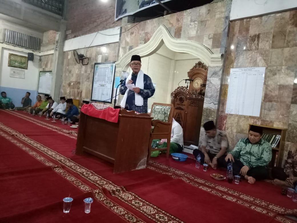 Wagub Sumbar Nasrul Abit memberikan kata sambutan. Foto : Humas Pemprov
