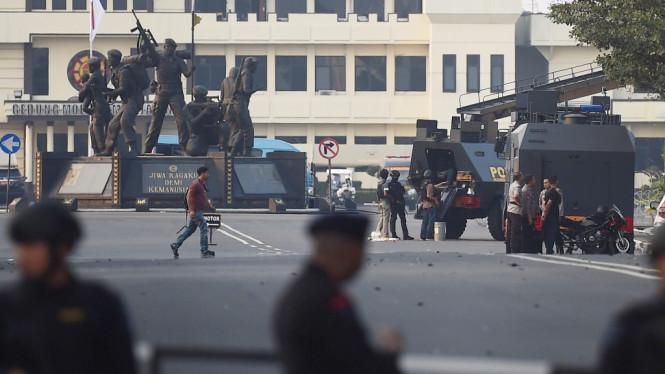 Kondisi Mako Brimob dalam pengamanan dan penjagaan ketat. Photo : Akbar Nugroho Gumay/ANTARA FOTO.
