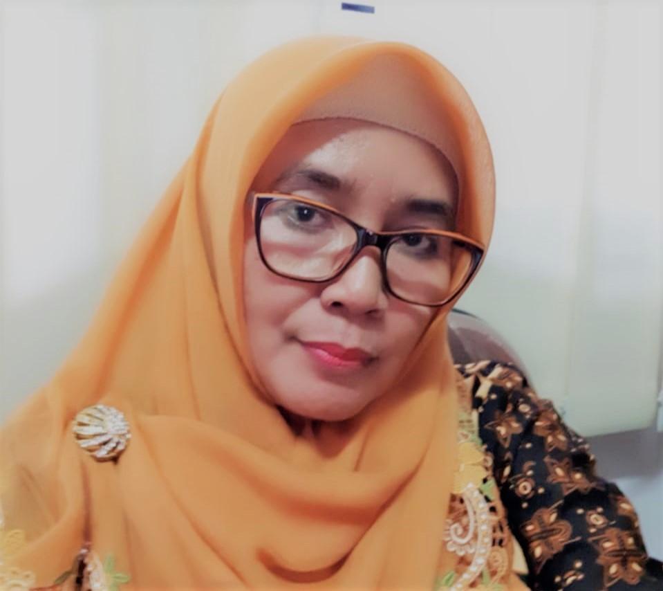 Dosen jurusan Sosiologi Unand, Padang, Sumatera Barat (Sumbar), Dwiyanti Hanandini, lulusan UGM 1984 dan alumnus magister Unair 1992. Dok : Kabarsumbar.com