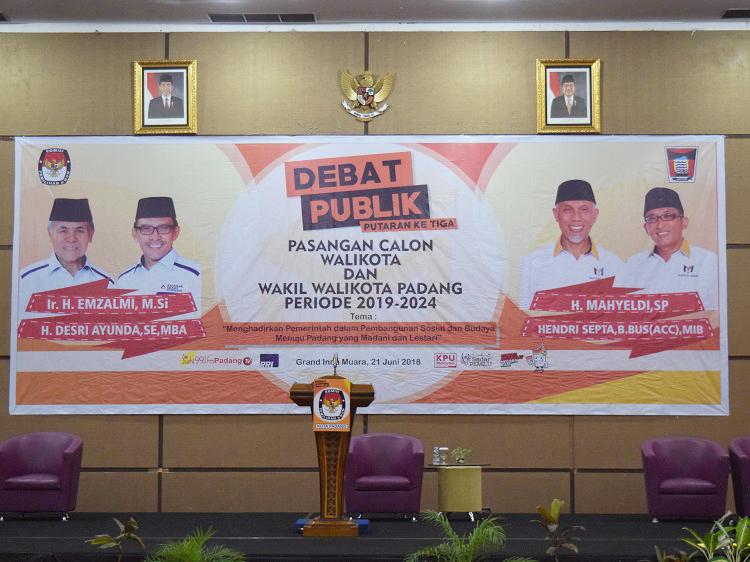 KPU Padang gelar debat terbuka Pilkada Padang 2018 di Hotel Inna Padang, Kamis (21/6/2018)