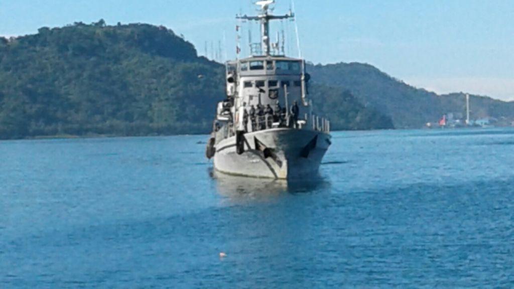 Pangkalan Utama II TNI Angkatan Laut (Lantamal) II Padang, Sumatera Barat (Sumbar), siagakan Kapal Perang Republik Indonesia (KRI) untuk Operasi Militer Selain Perang (OMSP). Photo : Penlantamal II