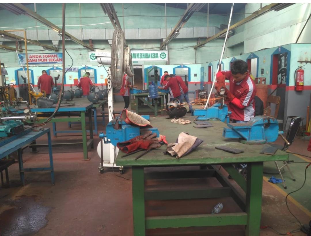 Suasana pelatihan di BLK Padang