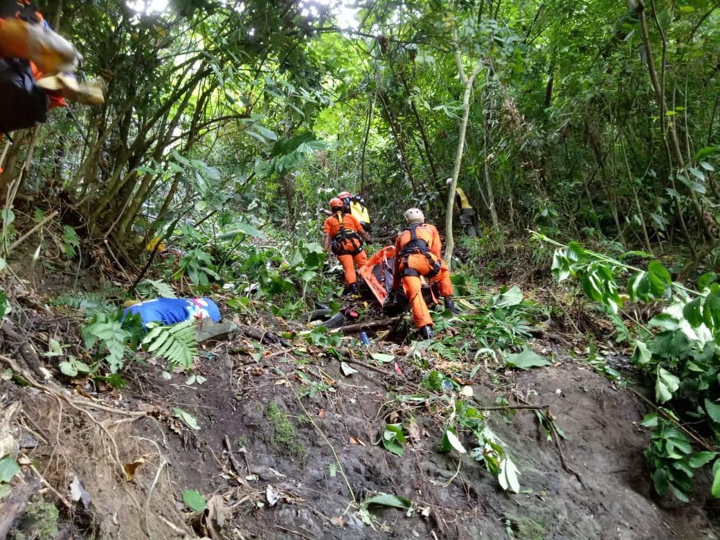 Dua Korban Mobil Masuk Jurang di Padang Meninggal Dunia
