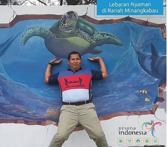 Spot foto tiga dimensi di Pantai Aie Manih, Kota Padang. Foto : Istimewa