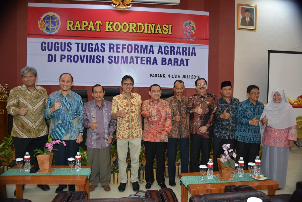 Gubenur Sumbar Ajak GTRA Segera Tuntaskan Permasalahan Agraria, saat pertemuan di Hall Nias, Imelda Hotel, Kota Padang, Sumatera Barat.