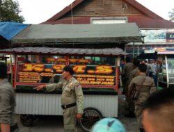 Padang Heboh, Ada Pedagang Diduga Jual Sate Daging Babi