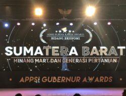 Berkontribusi untuk Daerah, Gubernur Sumbar Raih Penghargaan Adipurna Karya