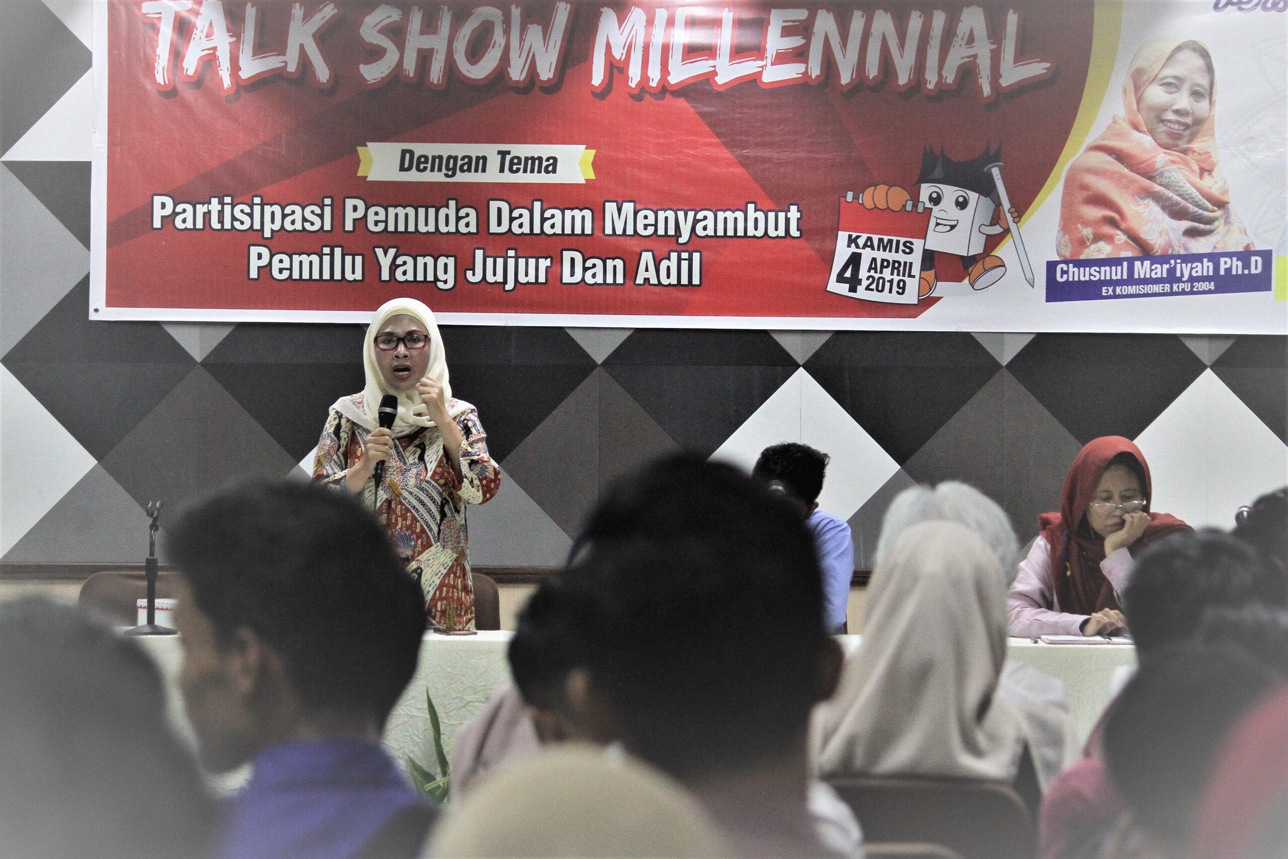 Director Women Research Institute, Edriana Noerdin diundang sebagai narasumber Talk Show Millenial di Padang, Sumbar, Kamis (4/4/2019)