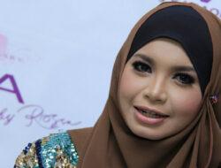 Puasa Tahun Ini, Rossa Target Bisa Khatam Qur'an