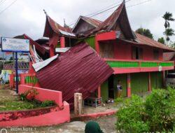 Tercatat, Tujuh Rumah Rusak Diterjang Angin Puting Beliung di Agam