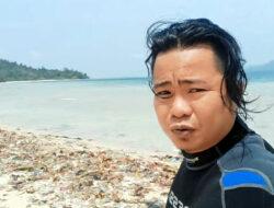 Penyelam 'JARAH' Sampah Dalam Laut