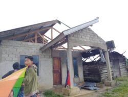 Tiga Unit Rumah Rusak Parah Diterjang Angin Puting Beliung di Alahan Panjang