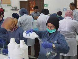 Antisipasi Corona, Walikota Pariaman Perintahkan Lab Perkim Produksi Hand Sanitizer
