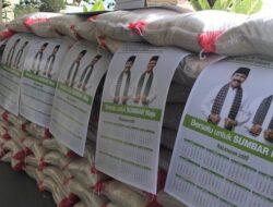 Relawan Fakhrizal Bagikan 3 Ton Beras Bantu Masyarakat Akibat Corona