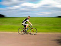 Kemenhub Keluarkan Aturan Untuk Keselamatan Pesepeda