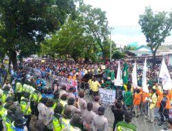 DPRD Sumbar Temui Koordinator Demo, Supardi : Itu Wewenang Pusat