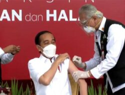 Hari Ini ! Presiden Jokowi Resmi Laksanakan Vaksinasi Covid-19 Perdana