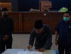 DPRD Gelar Rapat Paripurna Terkait Usulan Pemberhentian Bupati dan Wakil Bupati Dharmasraya