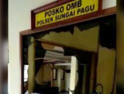 DPO Judi Tewas, Keluarga Serang Mapolsek dan Blokir Jalan Muaro Labuh