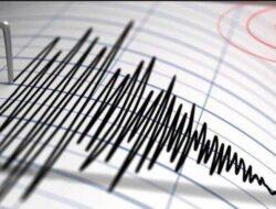 Gempa M 7,1 Guncang  Sulut, Warga Antisipasi Lindu Susulan