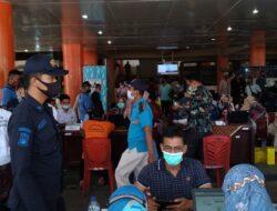 Dinas Perdagangan Padang Gelar Vaksinasi Tahap Dua Bagi Pedagang Pasar