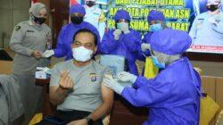 Pemko Padang Targetkan 700 Ribu Warga Padang Divaksin Tahun Ini