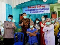 Launching Vaksinasi Covid-19 bagi Lansia dan Aparat Pelayan Publik di Padang