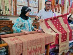 Gubernur Sumbar Dorong Produk Kerajinan Budaya Lokal Tembus Pasar Ekspor