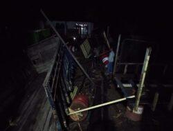 Angin Puting Beliung Hancurkan Rumah Warga di Pasbar, Kerugian Mencapai 100jt
