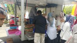 Wabup Pessel Buka Gerakan Pasar Murah Bagi Tenaga Honor