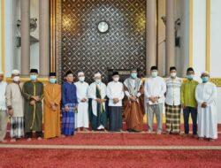 Bupati Asahan Salat Idul Fitri 1442 H di Masjid H. Achmad Bakrie Kisaran