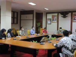 Wako Audiensi dengan PGRI Kota Solok