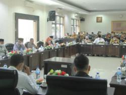 Wako Presentasikan KUA PPAS Tahun 2022 kepada DPRD Kota Solok