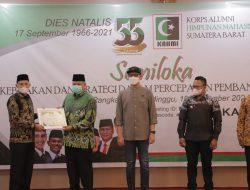Wako Solok Terima Penghargaan KAHMI Award 2021